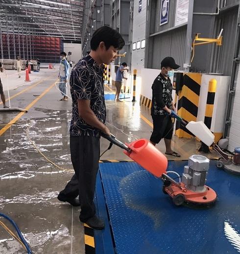 Tổng vệ sinh sau xây dựng nhà kho Thăng Long Logistics