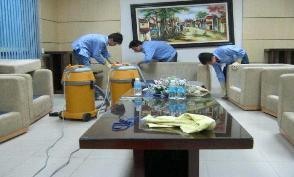 Giặt thảm tại UBND tỉnh Điện Biên