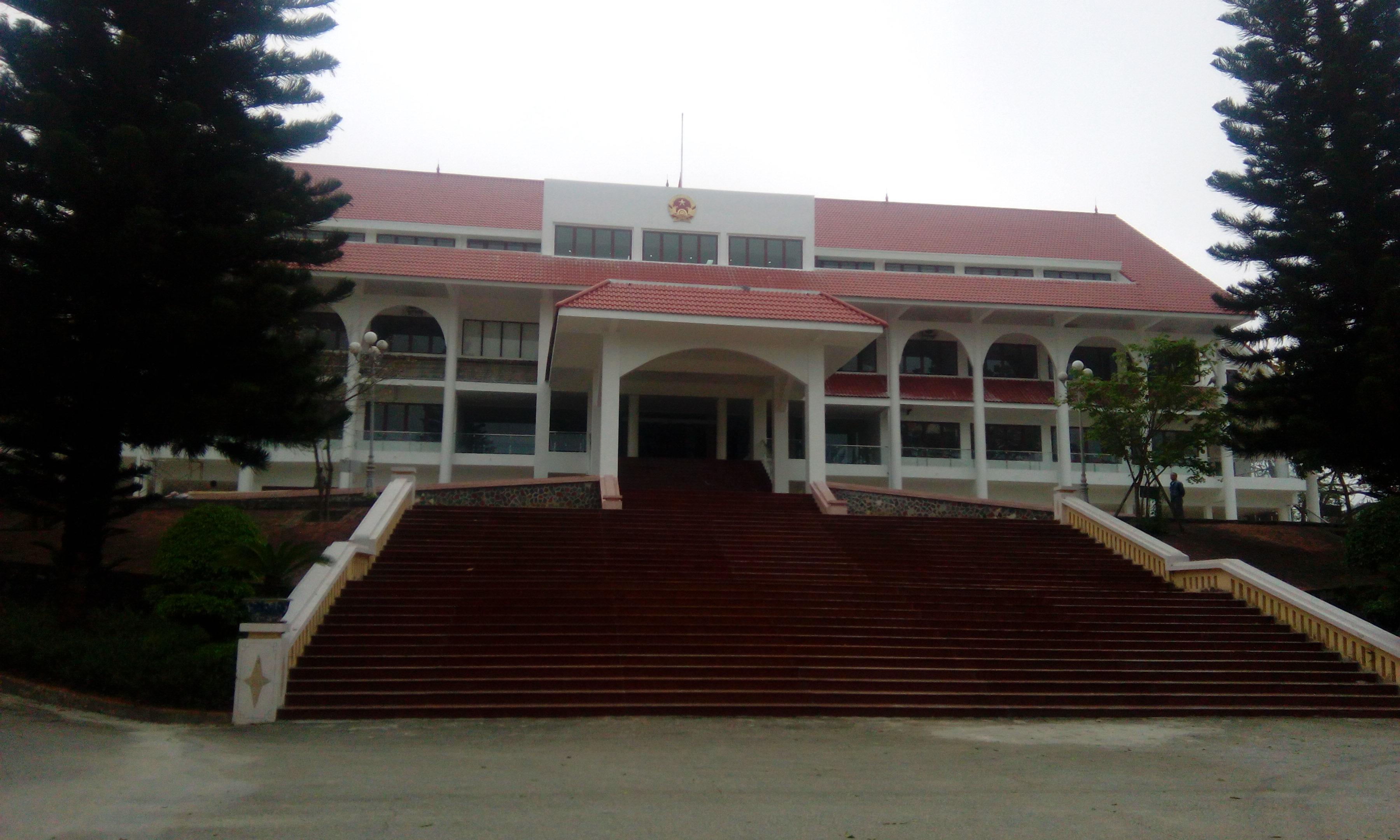 Tổng vệ sinh sau xây dựng UBND tỉnh Điện Biên